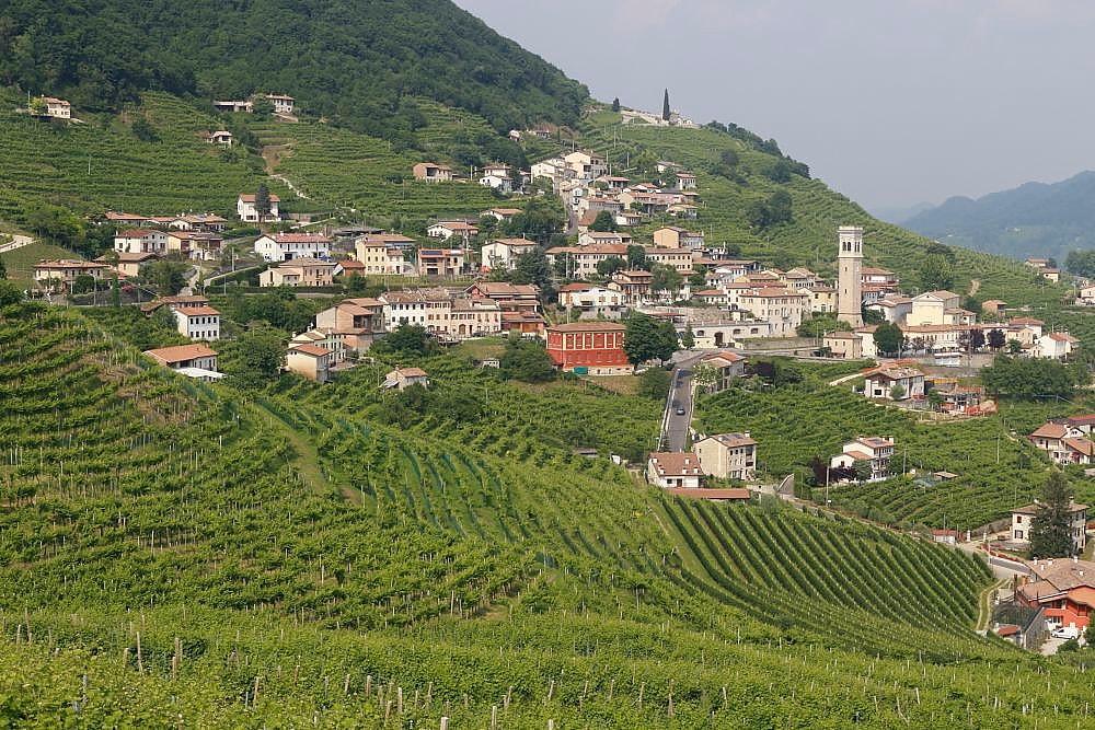 Valdobbiadene prosecco docg wine region.